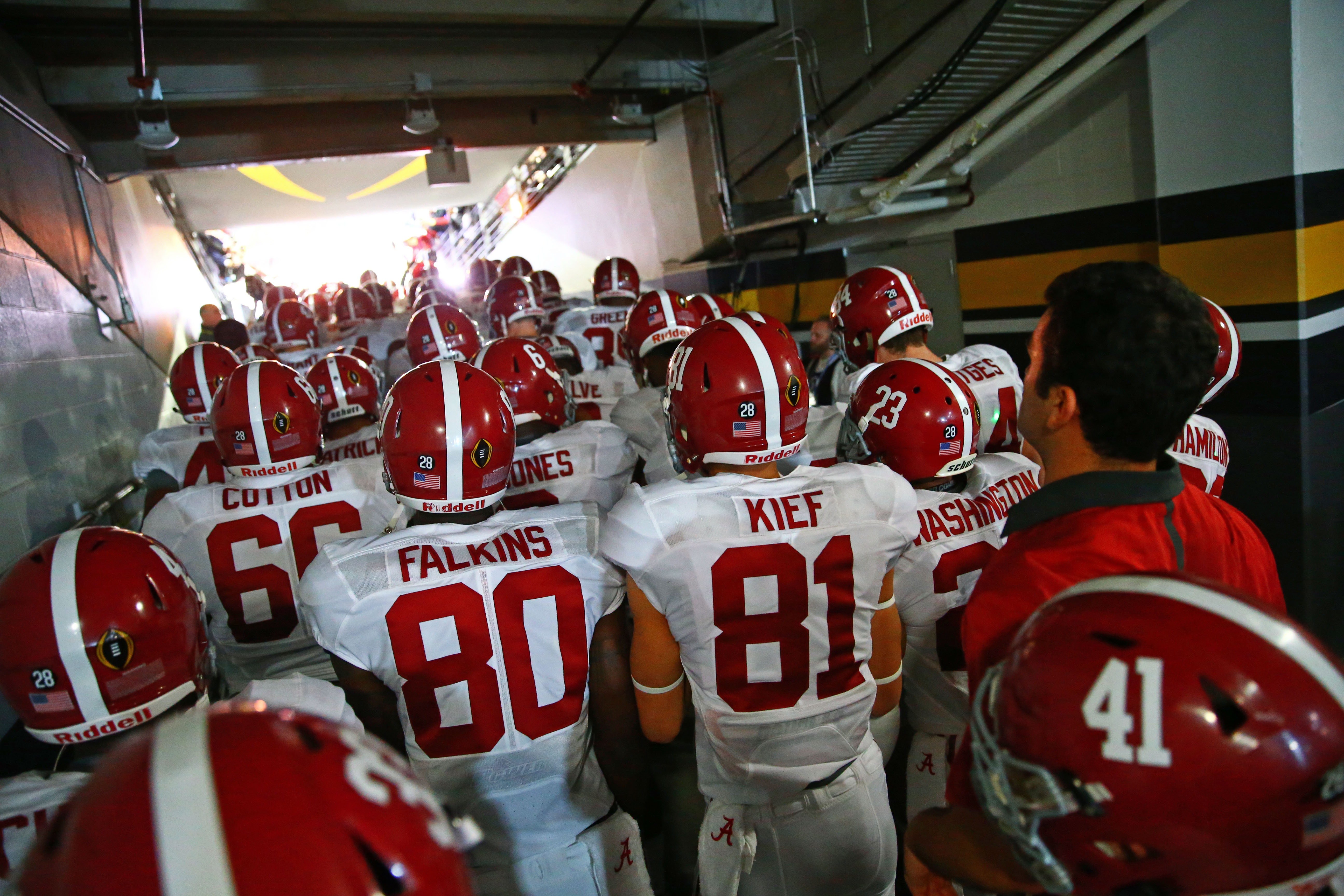 Alabama Football: Top 5 Favorites to Win 2017 National ...